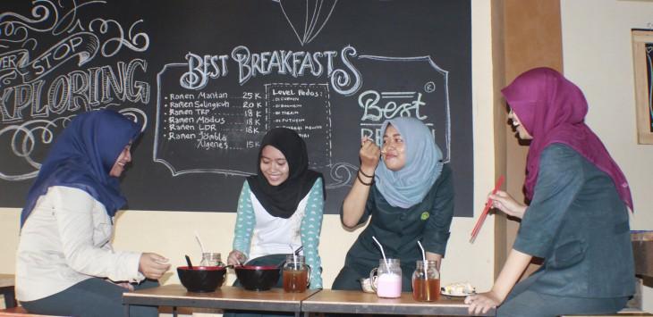 analisa bisnis warung kopi kedai gaul